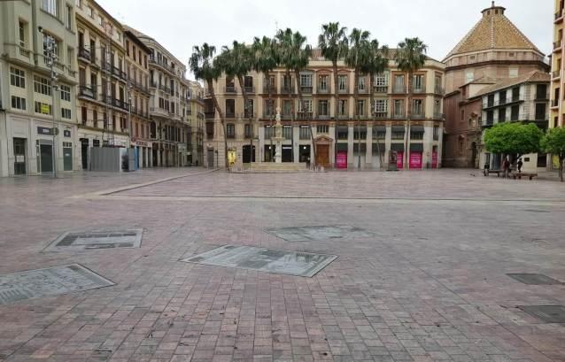 Plaza de la Constitución desierta_01